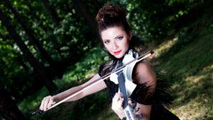 YLO Violin o mnie
